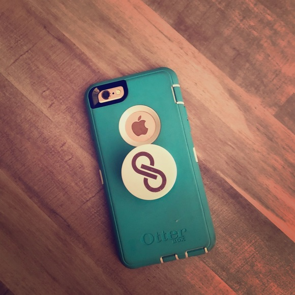 the best attitude 1238b c5953 Otterbox defender with Posh Popsocket iPhone 6s -